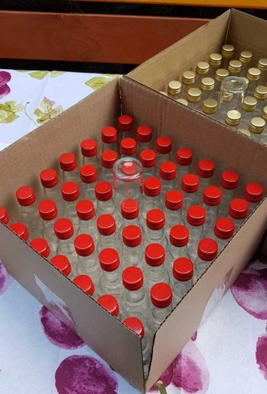 25 empty BhBp glass bottles 40 ml with red glossy metal screw caps